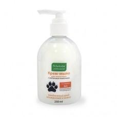 Крем-мыло для животных с маточным молочком 250мл. Арт.1111 1/42--